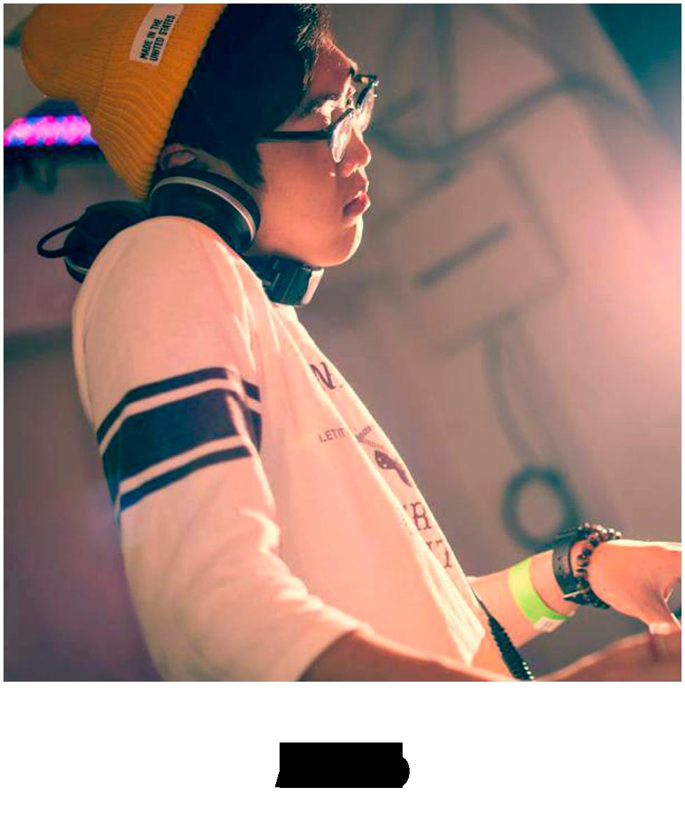004_Akito_t